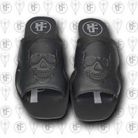 Sandalias negras calaca frente
