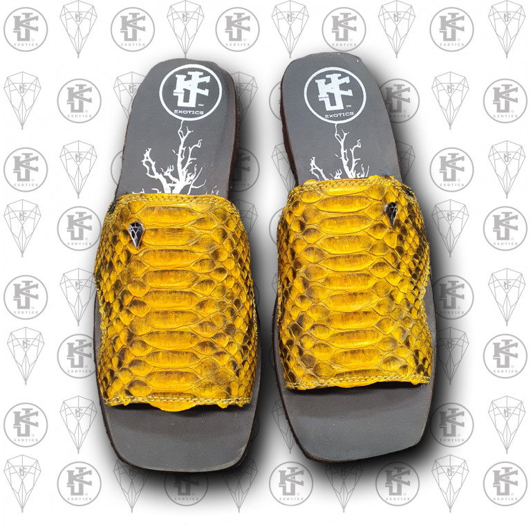 Sandalias amarilla cocdrilo