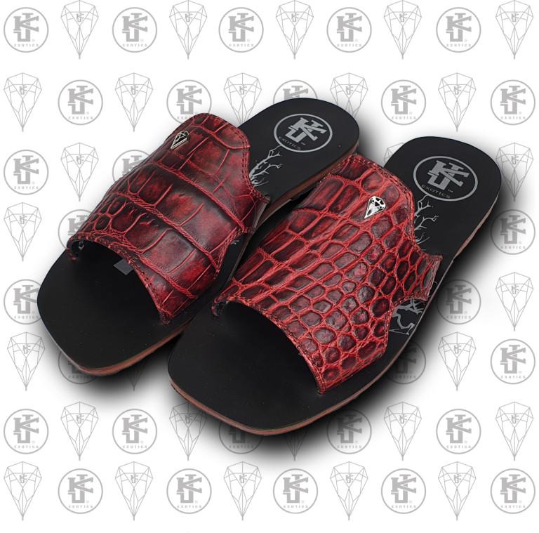 Sandalias rojas cocdrilo lado